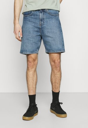 CLASSIC DAD - Jeans Short / cowboy shorts - light wash