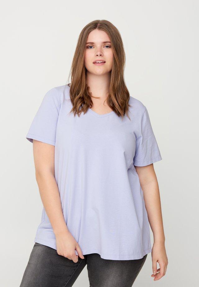 T-shirt basic - light purple