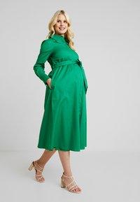 IVY & OAK Maternity - Abito a camicia - secret garden green - 0