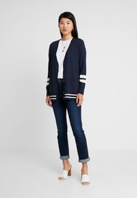 Banana Republic - CARDIGAN WITH COLLEGIATE STRIPES - Cardigan - navy