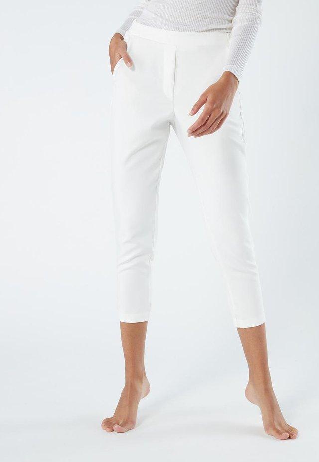 HOSE MIT TASCHEN - Pantalon classique - talco