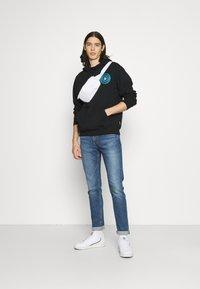Volcom - PENTROPIC - Sweatshirt - black - 1