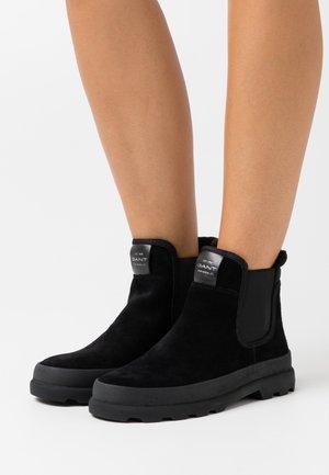 KAARI CHELSEA - Boots à talons - black