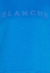 BLANCHE - HELLA EXCLUSIVE - Sweatshirt - daphne - 2