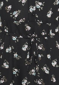 Pieces - PCSILJY DRESS - Day dress - black - 6