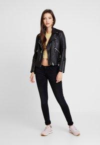 ONLY - ONLFCORAL - Jeans Skinny Fit - black denim - 1