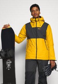 COLOURWEAR - BLOCK JACKET - Snowboard jacket - yellow - 4