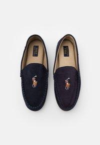 Polo Ralph Lauren - DEZI  - Domácí obuv - navy - 3