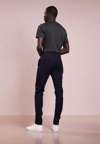 rag & bone - FIT - Chino kalhoty - navy - 2