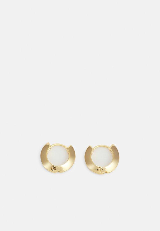 CLEAN EDGE HUGGIE HOOPS - Orecchini - pale gold-coloured