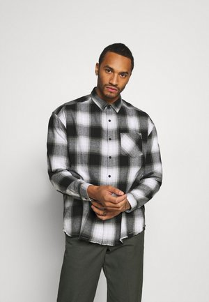 APPLIQUE CHECK - Shirt - white