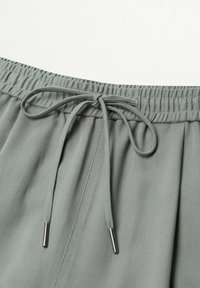 Mango - Pantalon de survêtement - khaki - 5