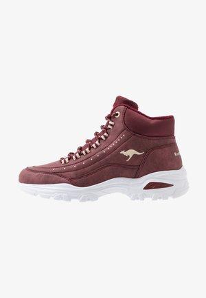 KW-SNUG - Sneakers high - dark purple/beige