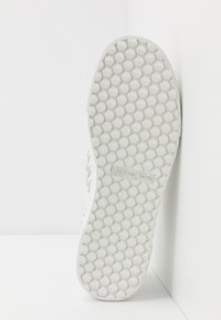 Michael Kors - BAXTER - Sneakers - optic white/black - 4