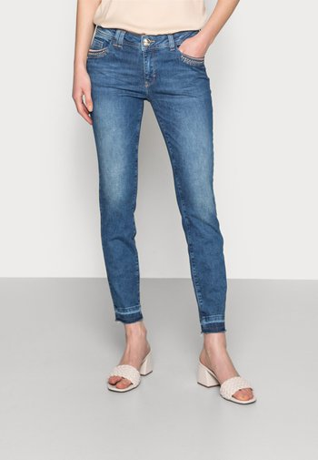 SUMNER WOOD JEANS - Slim fit jeans - blue