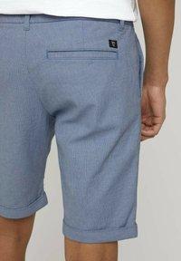 TOM TAILOR DENIM - Shorts - blue white dobby - 5