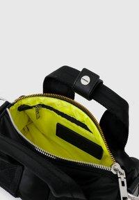Diesel - CAYAC - Handbag - black - 4