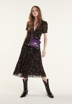 Across body bag - violette