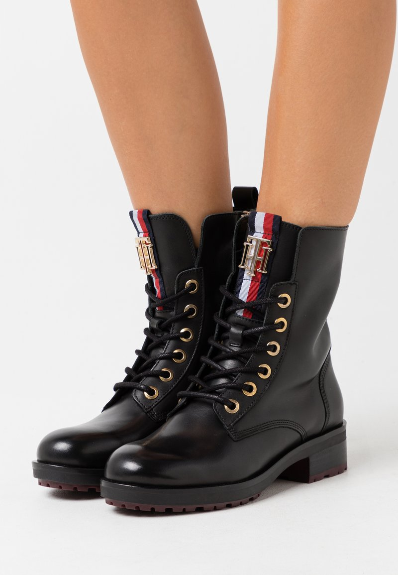 Tommy Hilfiger - ESSENTIAL BOOT - Lace-up ankle boots - black