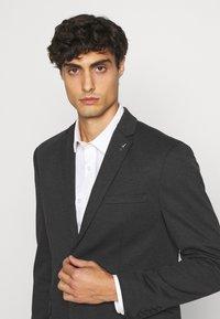 Selected Homme - SLIM BYRON  - blazer - dark grey - 3