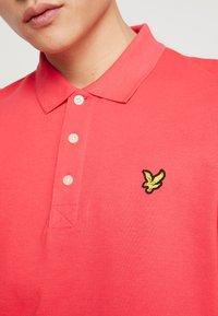 Lyle & Scott - Polo shirt - geranium pink - 5