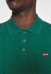 Levi's® - O.G BATWING POLO - Polo - greens - 3