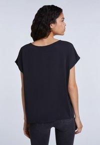 SET - Basic T-shirt - black - 2