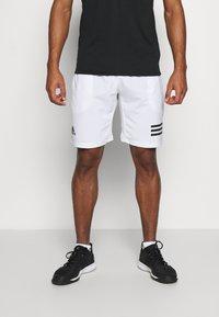 adidas Performance - CLUB 3-STRIPES TENNIS AEROREADY PRIMEGREEN SHORTS - Pantalón corto de deporte - white/black - 0