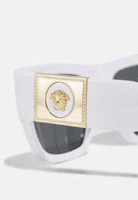 Versace - UNISEX - Sluneční brýle - white - 2