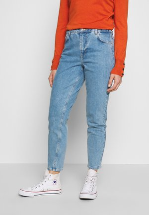 LEAH MOM ELASTIC WAIST - Relaxed fit jeans - light blue denim