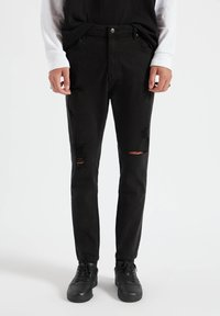 PULL&BEAR - Jeans Tapered Fit - mottled black - 0