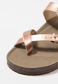 Madden Girl - BRYCEEE - T-bar sandals - rose gold - 2