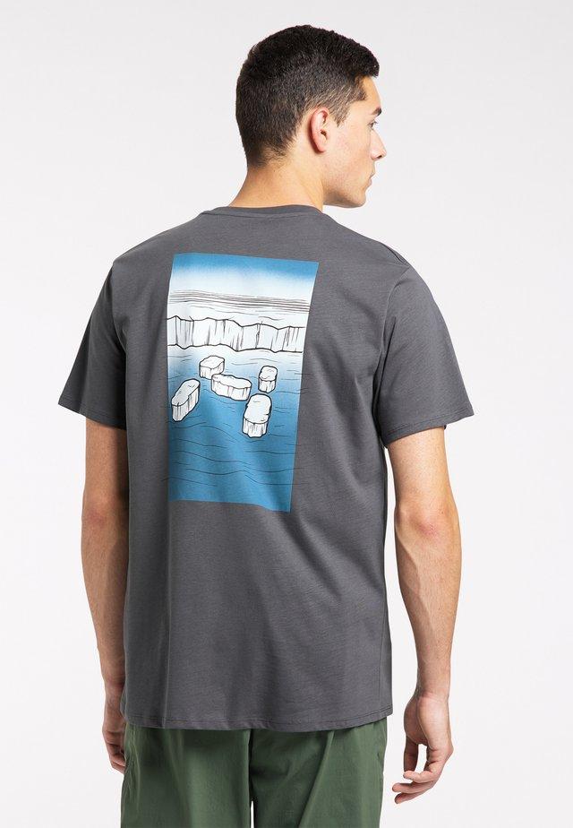 Print T-shirt - magnetite