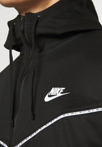 Nike Sportswear - REPEAT - Zip-up hoodie - black - 4
