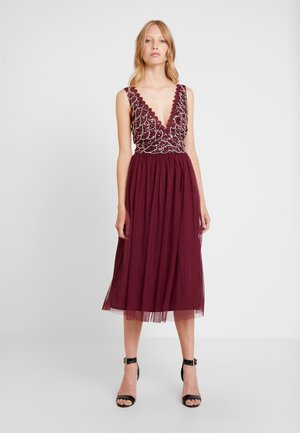 ANNALIA MIDI - Cocktail dress / Party dress - burgundy