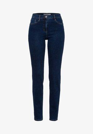 STYLE SHAKIRA - Slim fit jeans - clean regular blue