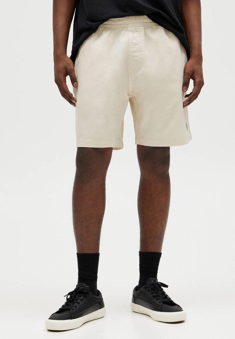PULL&BEAR - Denim shorts - beige