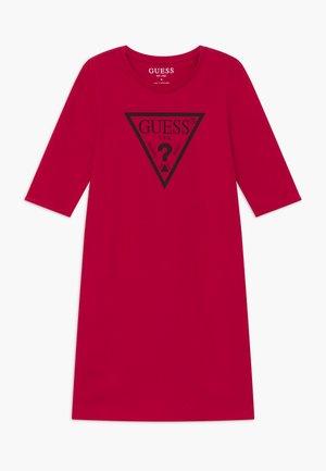 JUNIOR CORE - Sukienka z dżerseju - disco pink
