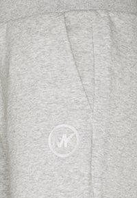 MICHAEL Michael Kors - SPORT JOGGER - Teplákové kalhoty - pearl heather - 3