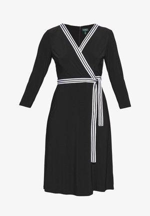 MID WEIGHT DRESS - Robe en jersey - black