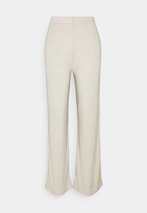PCLEODA WIDE PANT  - Trousers - birch/melange