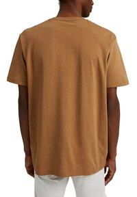 Esprit - Basic T-shirt - camel - 2