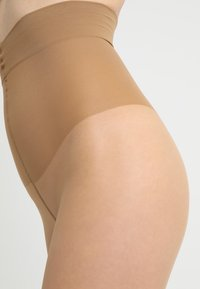 Hudson - 20 DEN SOFT MATT SHAPE - Tights - honey - 2