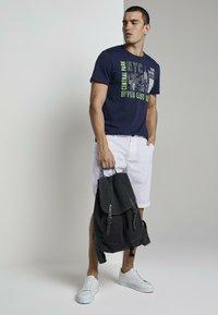 TOM TAILOR - Shorts - white - 1