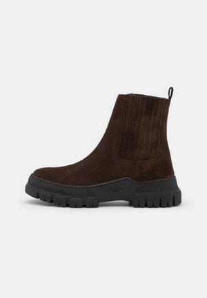 GENEPI - Platform ankle boots - testa moro