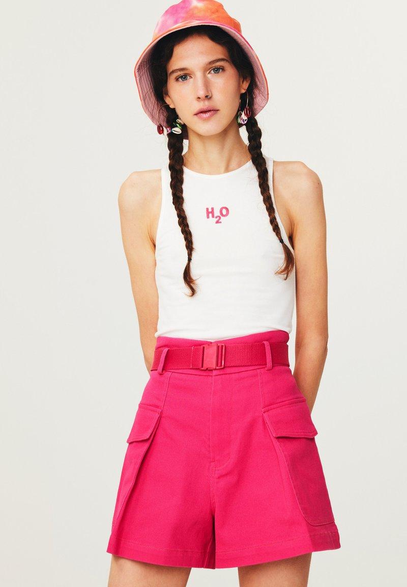 Twist - Shorts - pink