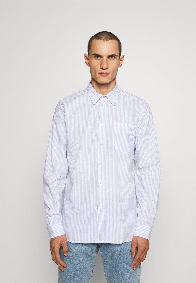 SHIRT REGULAR FIT - Shirt - light blue/white