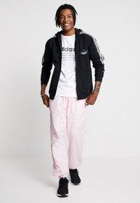 adidas Originals - OUTLINE - veste en sweat zippée - black - 1