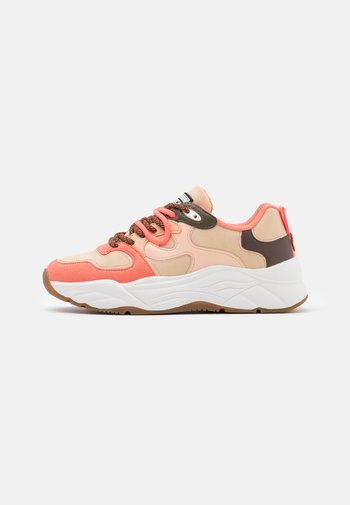 CELEST  - Sneakers laag - rot