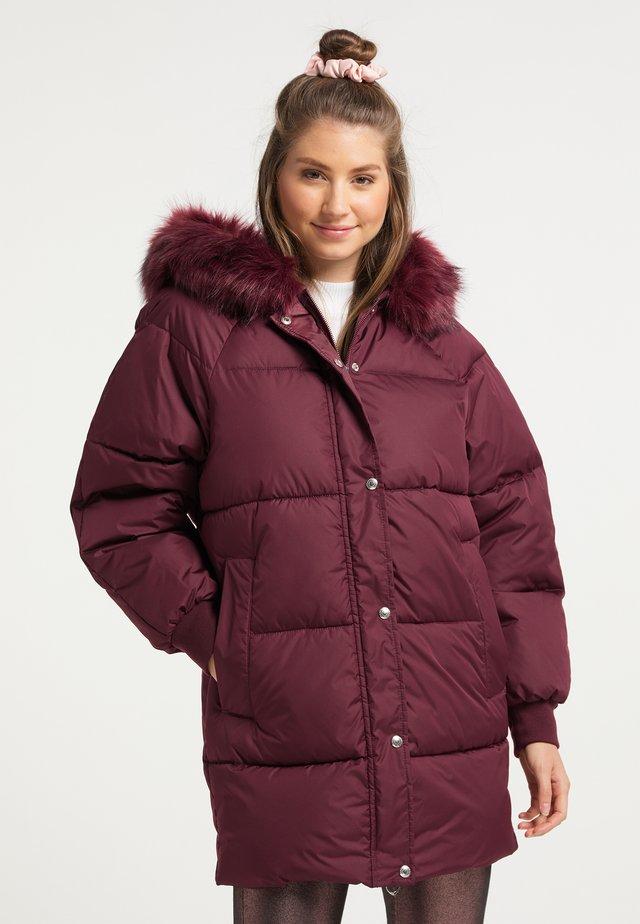 Abrigo de invierno - bordeaux
